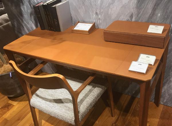 使わなくなった机を高く買ってもらうためには付属品をなるべく揃えること