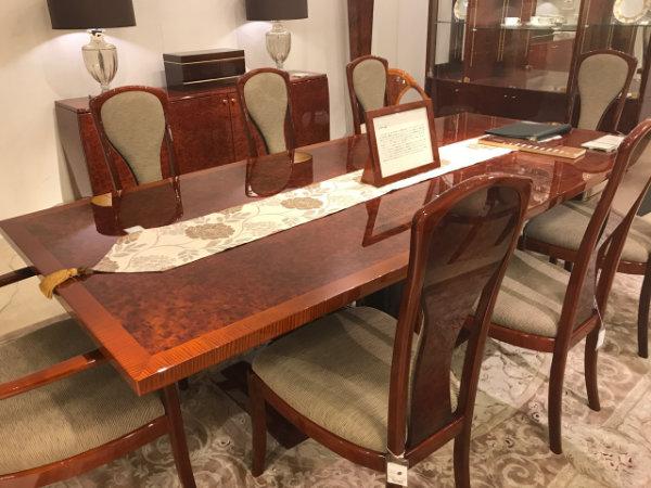 高値買取してもらえるテーブルのひとつ、ダイニングテーブル